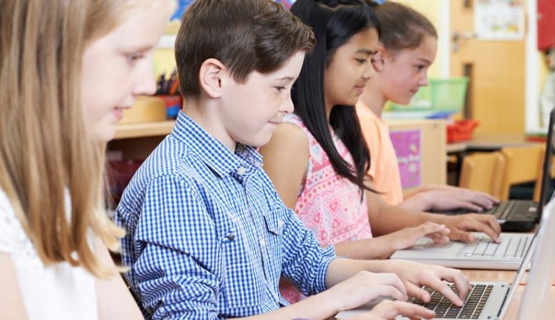 Introducing Kids To CS
